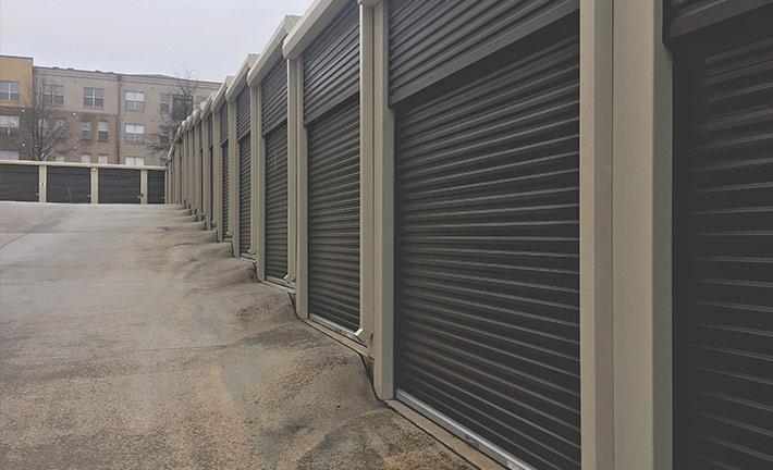 Aparcamientos y garajes